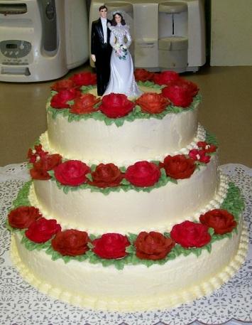 roses-wedding-cake