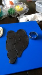 Pic 4 Cut circles for base